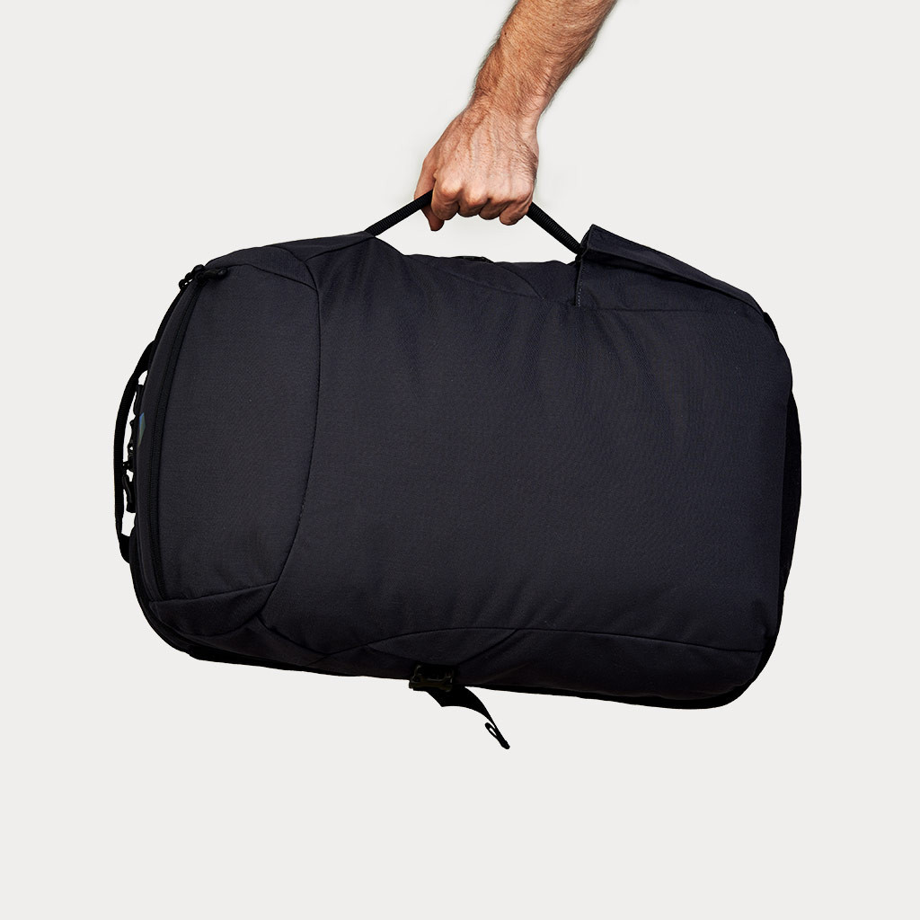 Minaal-carry-on-bag-carry_1024x1024
